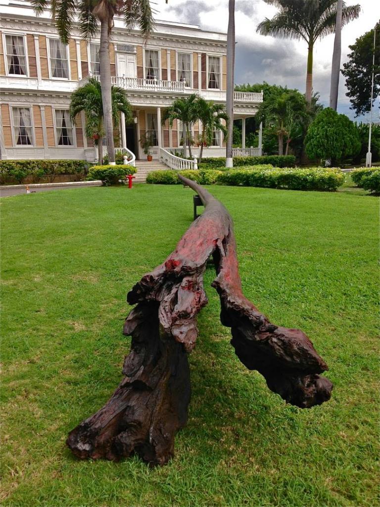 NEEDLE FOR THE PLANET, 2014, bullet wood, 43 feet, Devon House , Kingston, Jamaica